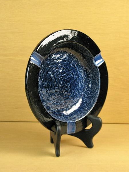 black/blue ashtray 4529