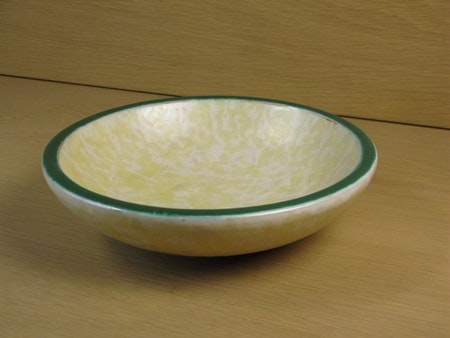 yellowish/green bowl 132