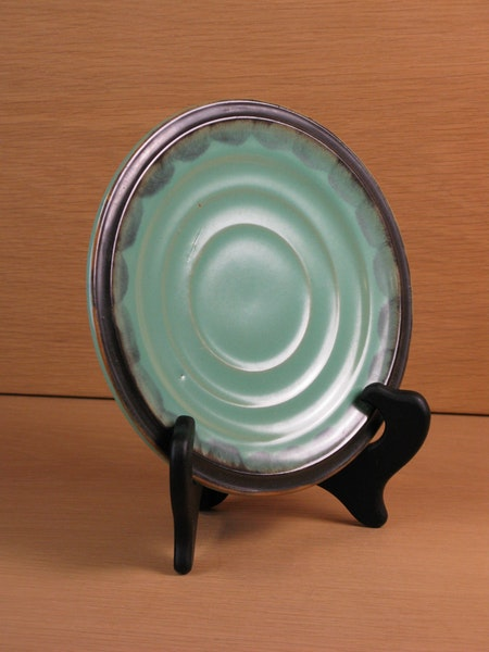 green/black small plate 3140
