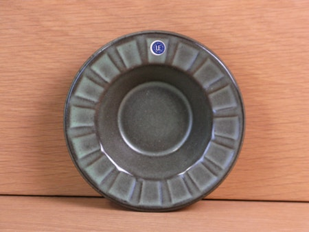 green ashtray 9088b