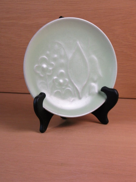 light green small plate 19