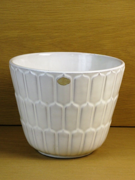 white flowerpot 22 SOLD