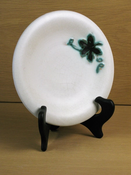 white/green small plate 13