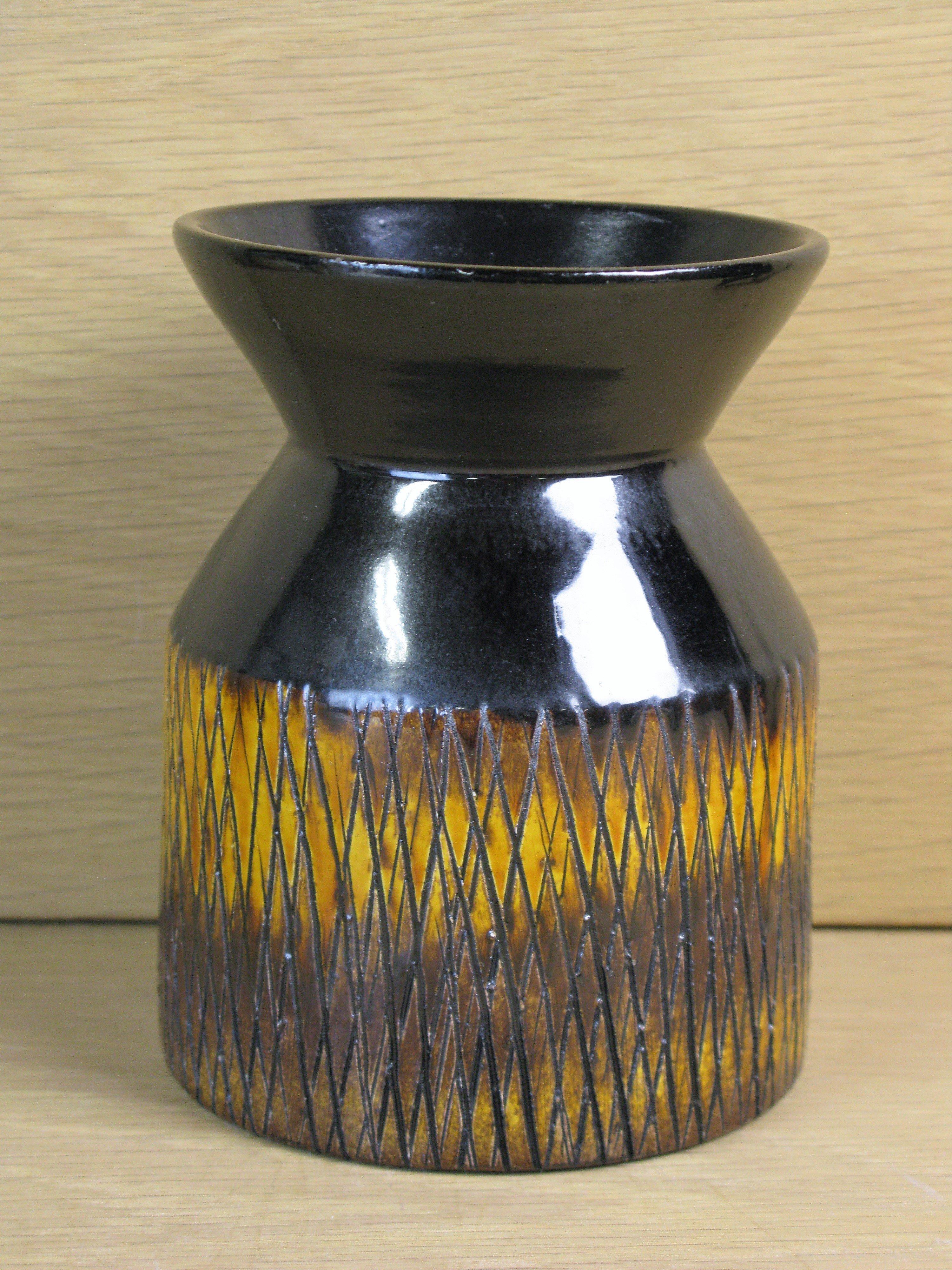 brownish vase 4330/738