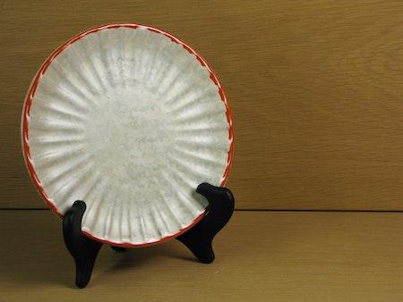 greyish/orange small plate 17