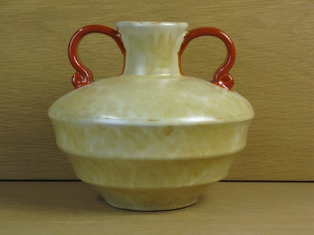 yellowish/orange vase 2761/2