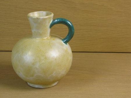 yellowish/green vase 332