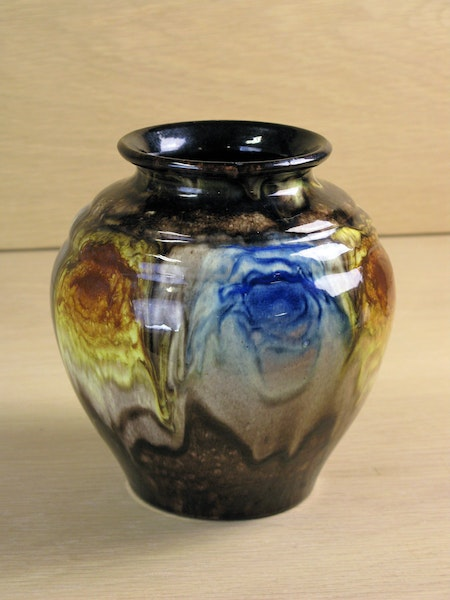 streaming glaze vase 1509