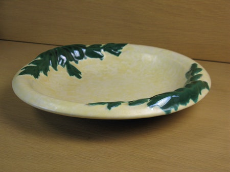 yellowish/green bowl 80