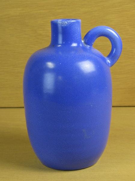 blue expo vase 21