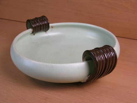 light green/brown bowl 52