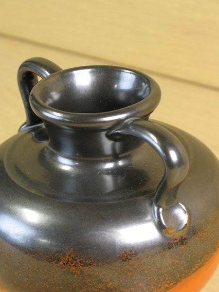 black/orange vase 3201-1
