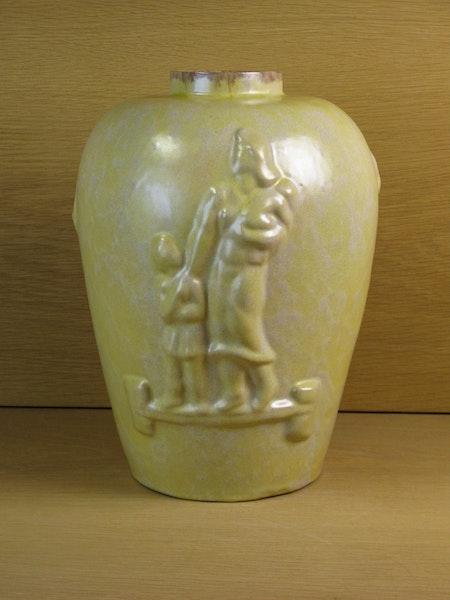 large yellowish vase 297