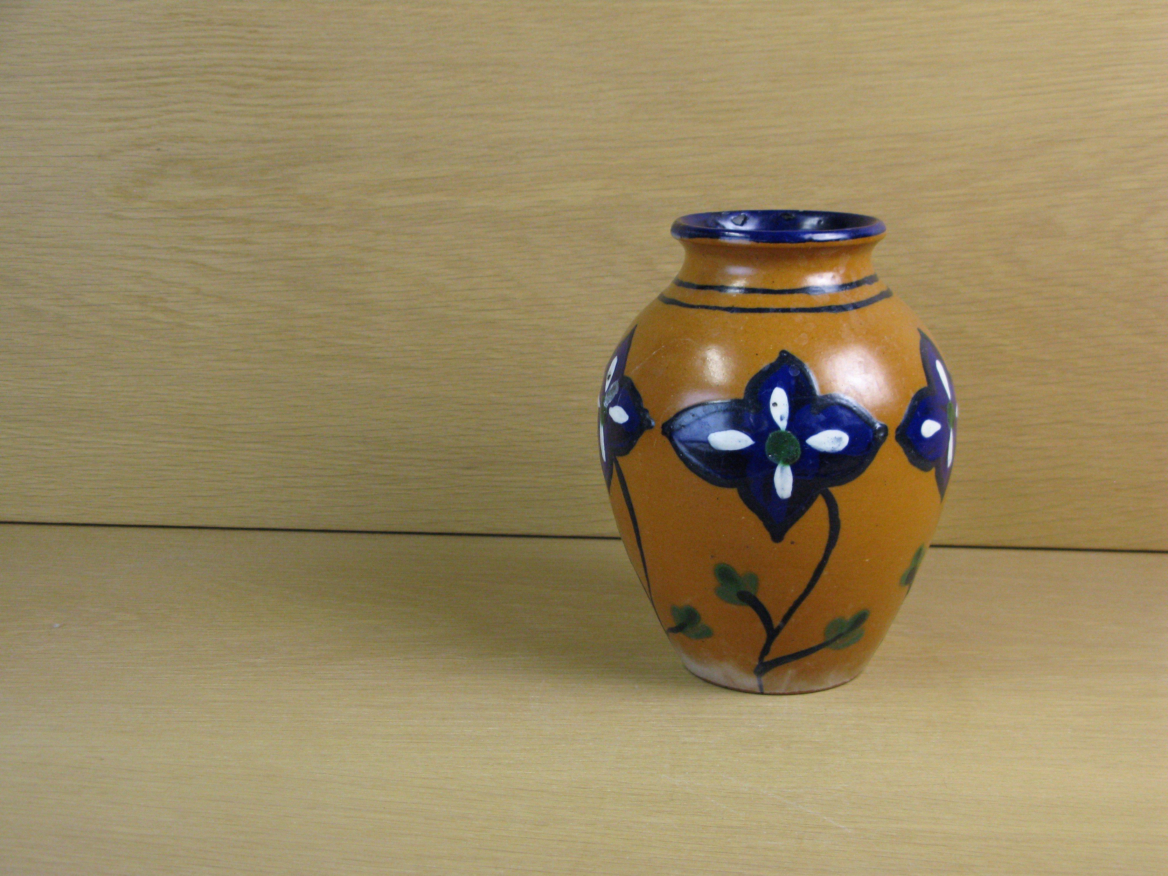 vase 1098