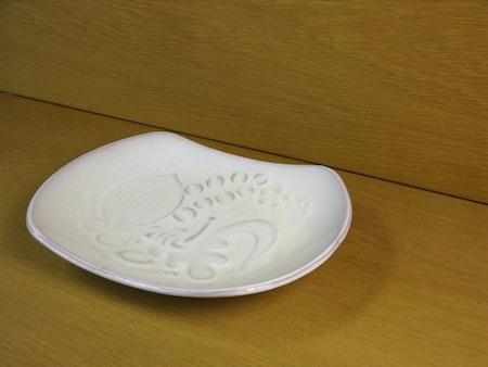 white bowl 131