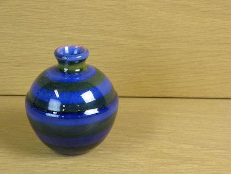 blå band vase 765