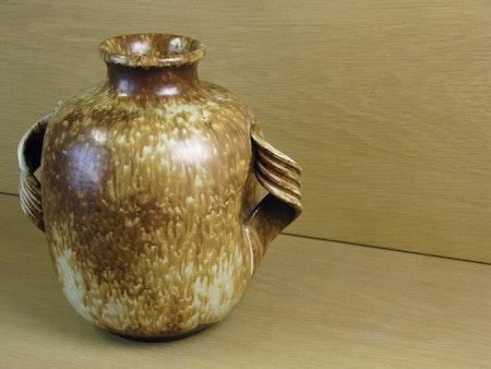 brownish vase 152