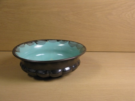 black/green bowl 131
