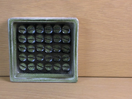 green/white ashtray 43130/207