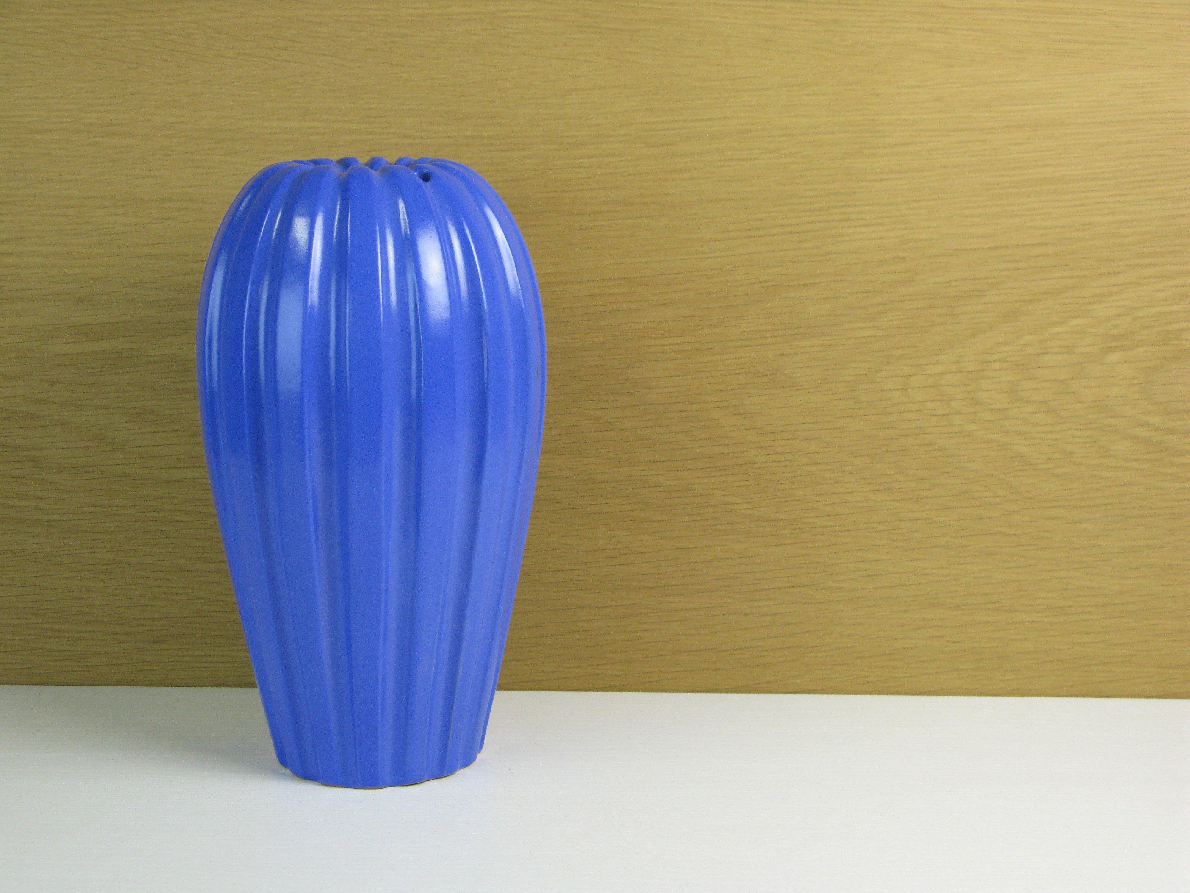 blue vase 479 SOLD