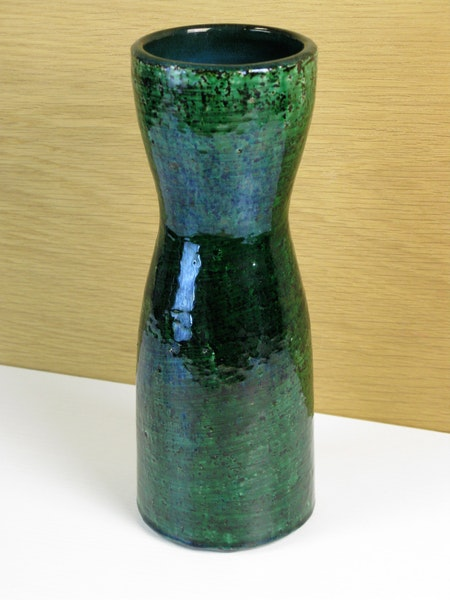 dark green viol vase 7041m