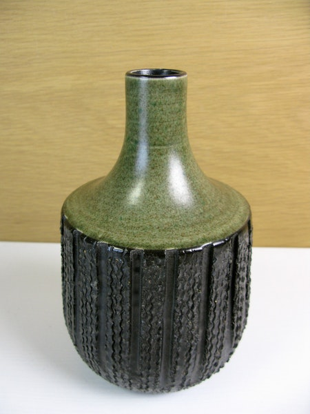 number one brown/green vase