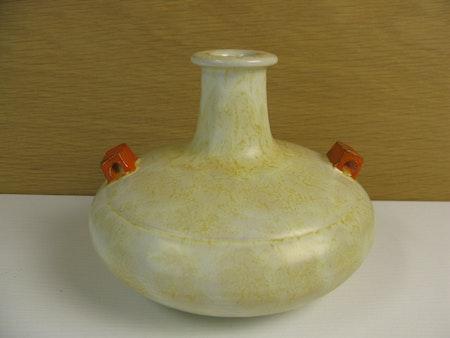 yelowish/orange vase 3111