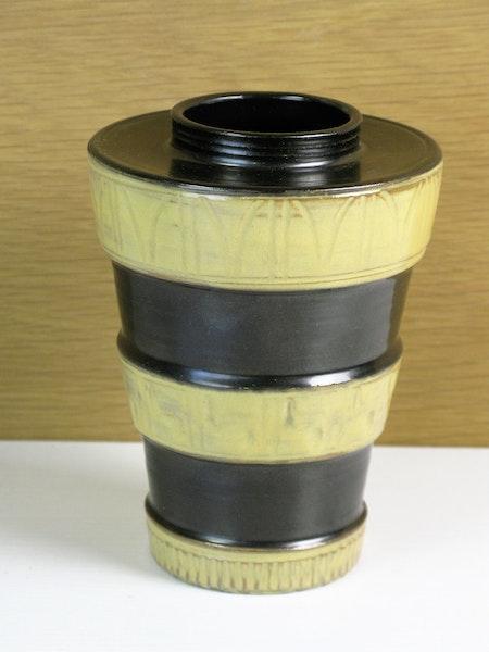 brown/yellow vase 2648