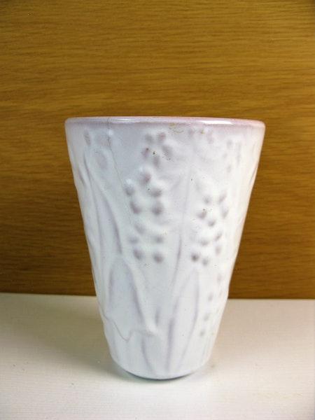 white vase 279