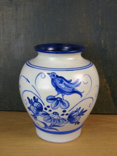 grey/blue urn 1645