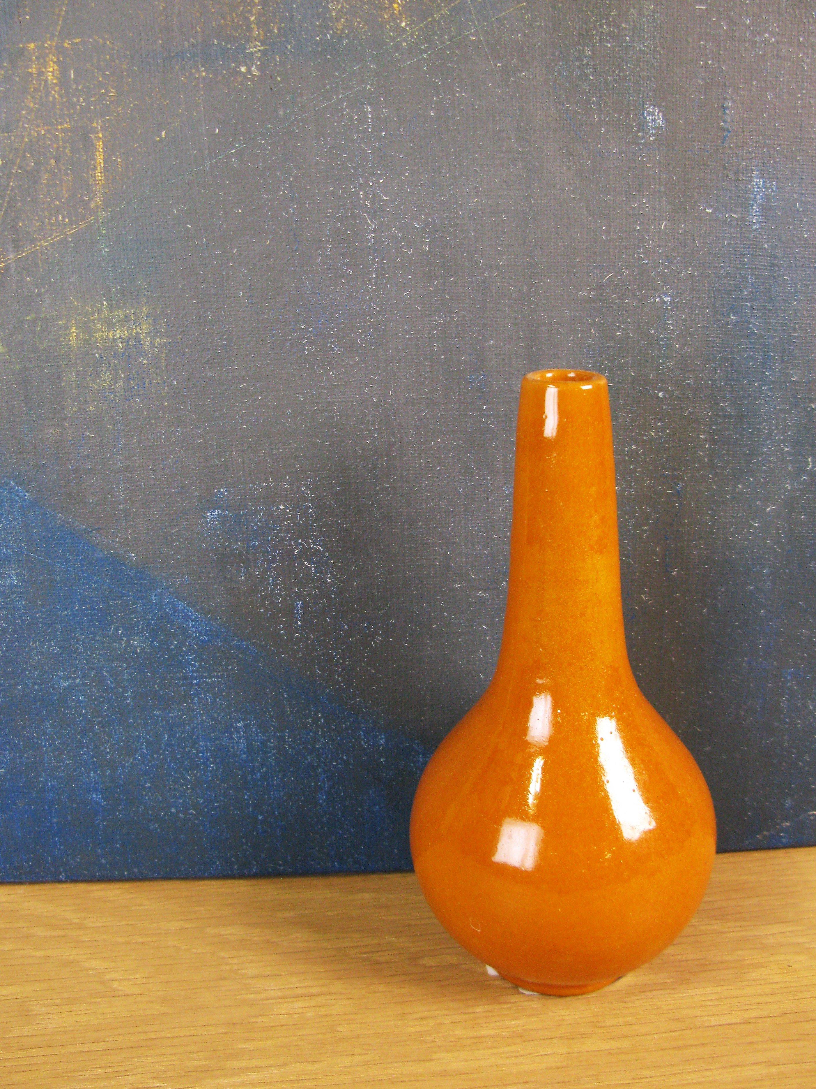 terracotta vase 394