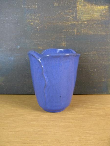 blue vase 129