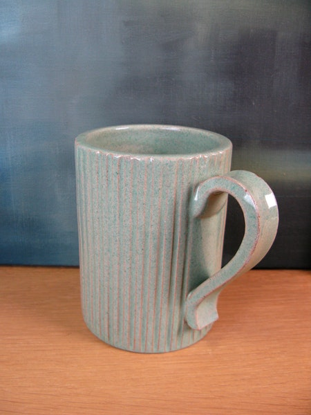 green mug 10