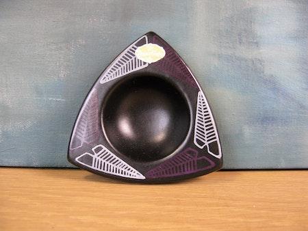 leaf trio ashtray 5016 sold
