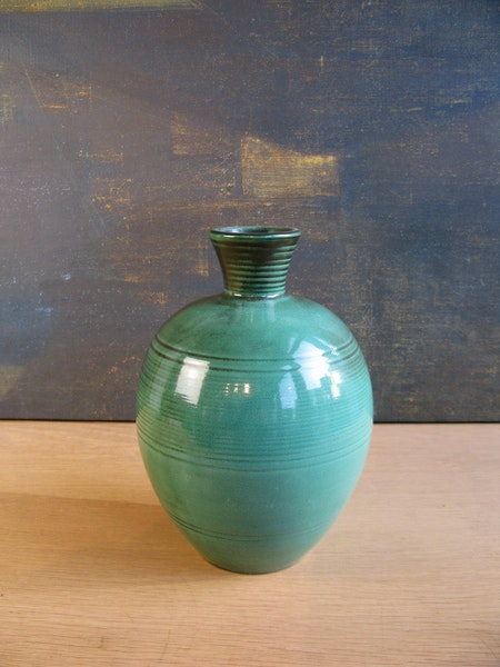 green vase 3113
