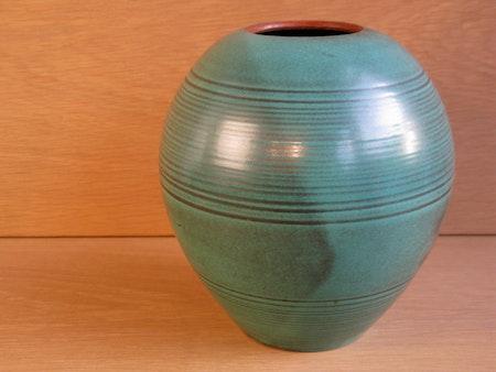 green vase 3112