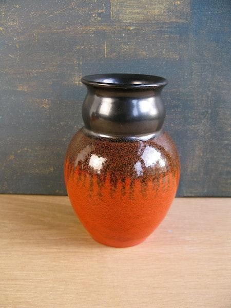 orange/black vase 2672