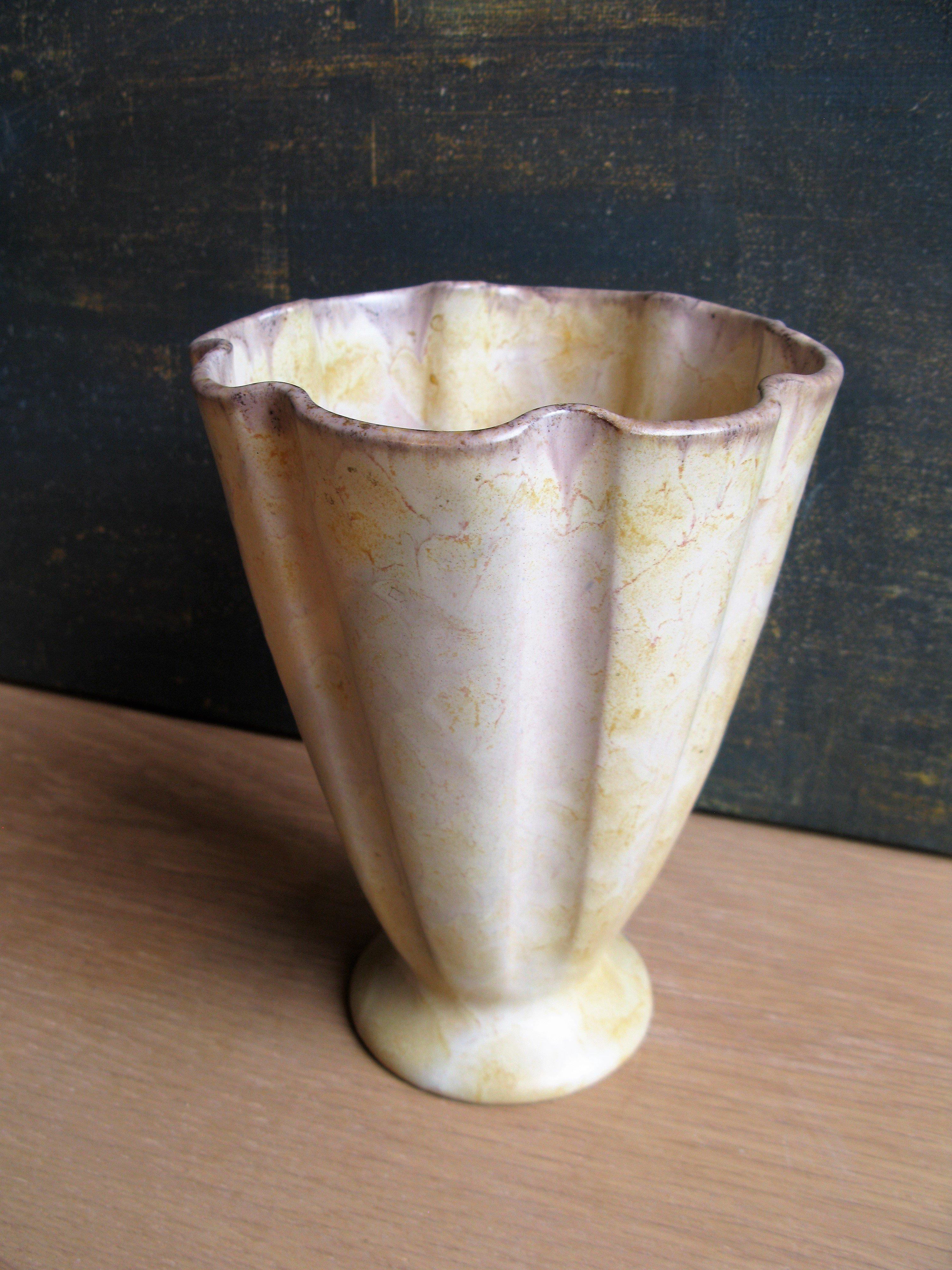 brownish vase 3233