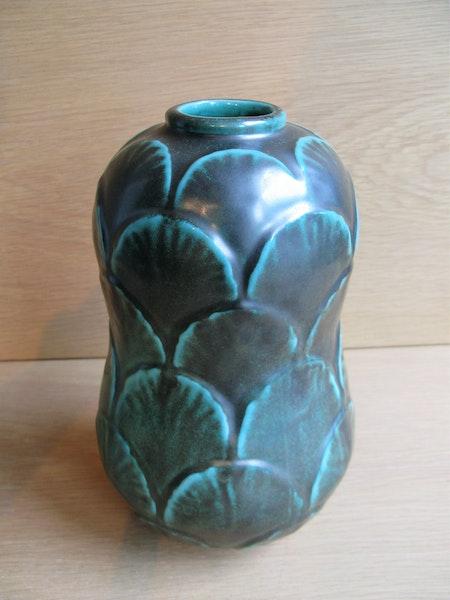 green vase 5058 sold