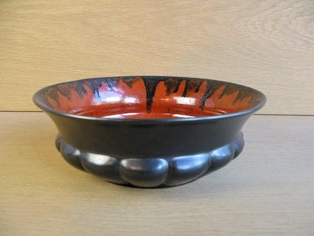 black/orange bowl 131
