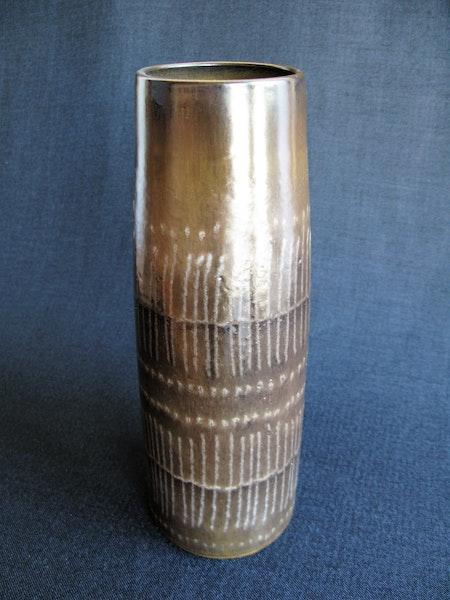brown stripa vase 9043