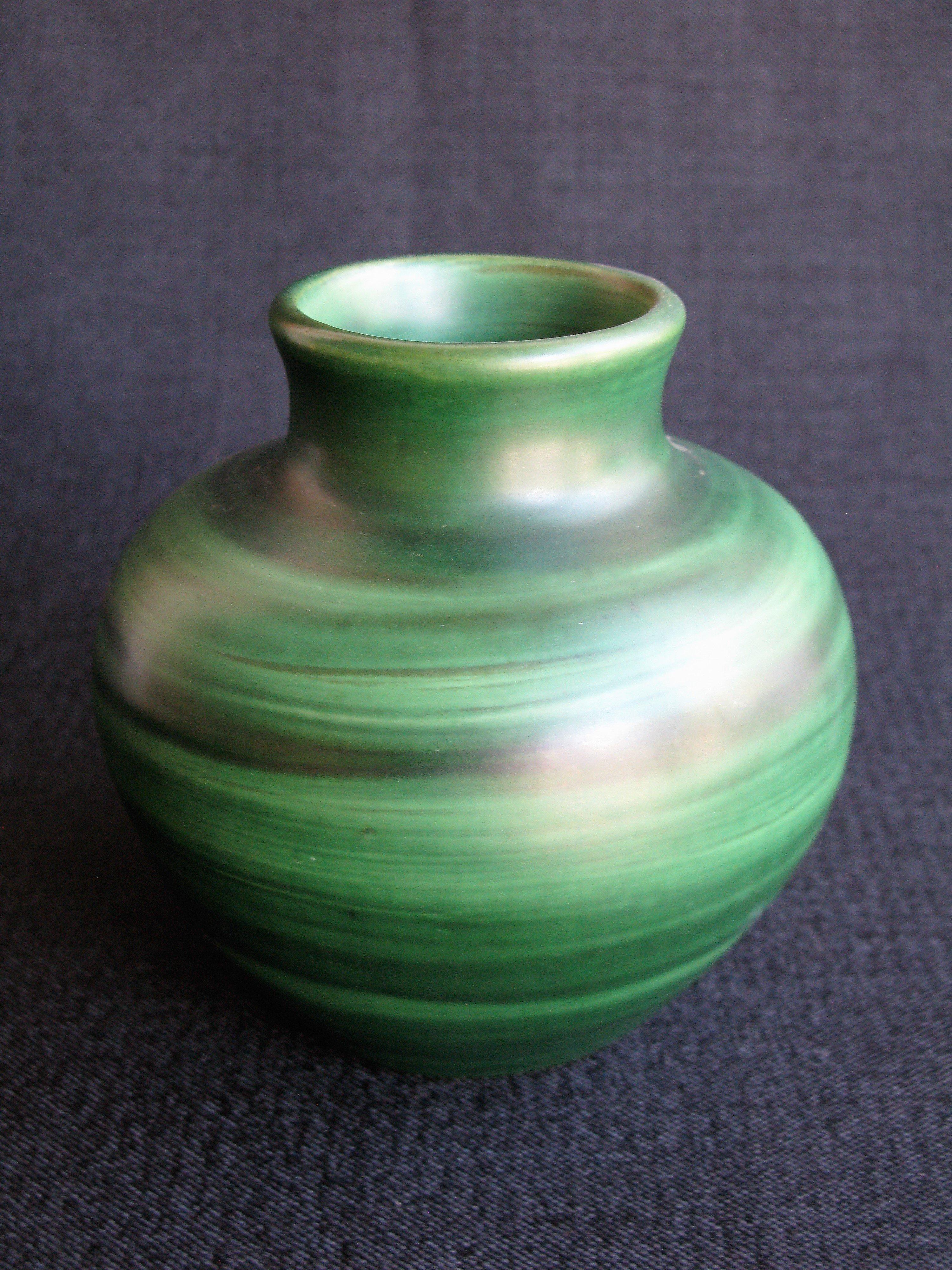 green vase nr 5