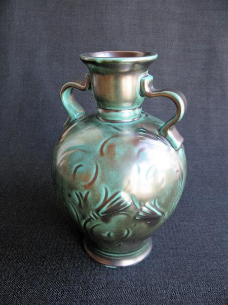 dark green vase 2502