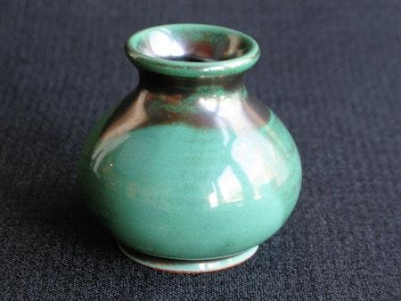 dark green vase 184