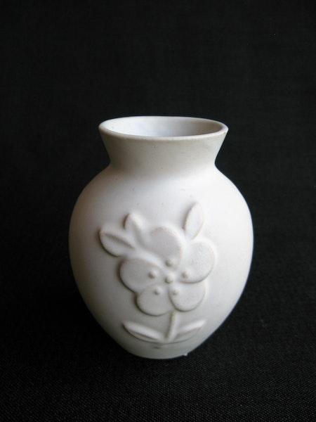 white vase 267