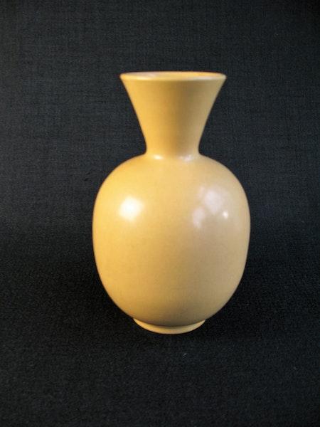 yellow vase 245