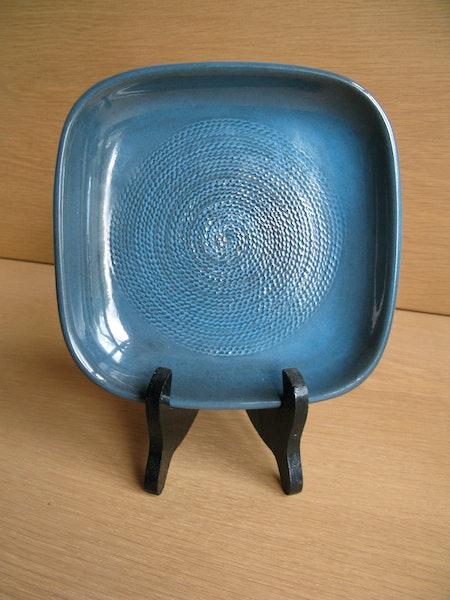 bris ashtray 4330/665 sold