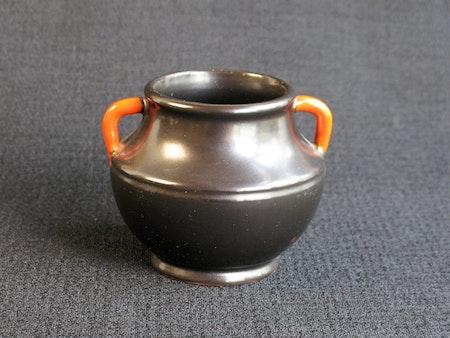 black/orange vase 1558