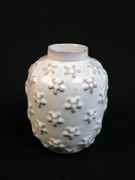 white vase 198