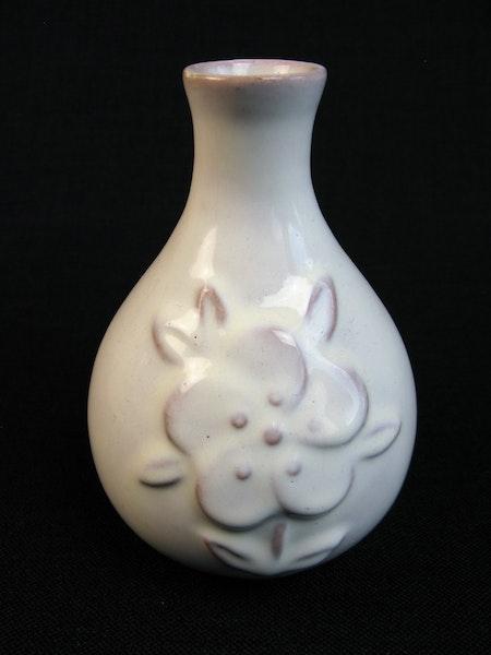 white vase 276